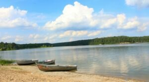Make A Splash At These 8 Crystal-Clear Lakes In Indiana This Summer