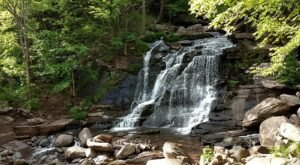 Most People Don't Know That This Stunning Waterfall In New York Is Haunted By A Dog