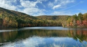 Explore Unparalleled Views Of Mountains On The Scenic Sulpher Springs & Brissy Ridge Trail In South Carolina