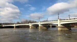 One Of The Most Haunted Bridges In Ohio, Y-Bridge Has Been Around Since 1814