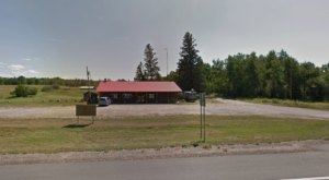 A Middle-Of-Nowhere Restaurant, Knob and Kettle Is A Must-Stop Spot For Anyone Traveling Through Northern Minnesota