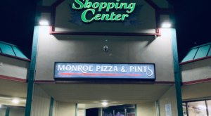 It's Love At First Bite At Monroe Pizza And Pints In Washington