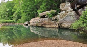 6 Refreshing Natural Pools You'll Definitely Want To Visit This Summer In Illinois