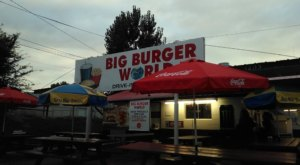Big Burger World In Colorado Offers Some Of The Best Burgers And Service In The State