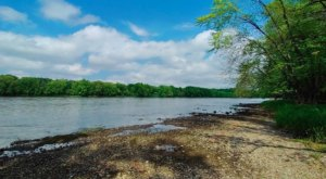 Visit Minnesota's Montissippi Regional Park For Lovely Hikes, Playgrounds, And Views Of The Mississippi River