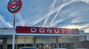 Satisfy Your Sweet Tooth At One Of These 5 Local Donut Shops Around The State Of Tennessee