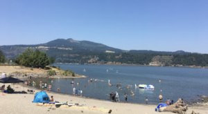 The Natural Swimming Hole At Hood River Waterfront Park In Oregon Will Take You Back To The Good Ole Days