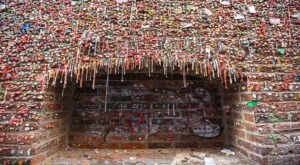 The Gum Wall In Washington Just Might Be The Strangest Tourist Trap Yet