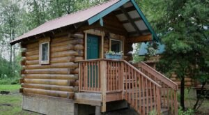 Get Off The Beaten Path At This Cozy Dry Cabin In Central Alaska