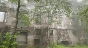 Explore The Abandoned Ruins Of A Beautiful Hotel At Overlook Mountain In New York