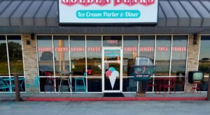 Alabama's Golden Years Ice Cream Parlor & Diner Will Take You Back To The Good Old Days