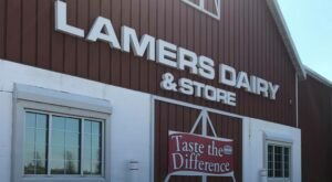 Sample Delicious Ice Cream And See A Wisconsin Dairy In Action At Lamers Dairy