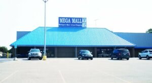 The Mega Mall Is A 40,000 Square-Foot Shopping Wonderland In Michigan That You Simply Must See