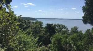 With A Scenic Overlook And Large Lake, The Table Mound Trail Is One Of The Most Beautiful Hiking Trails In Kansas