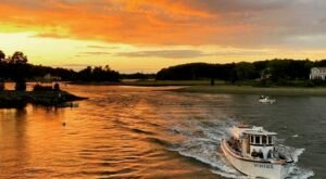 Climb Aboard A Gorgeous 1960s-Era Boat And Take A Ride Back Through History In New Hampshire