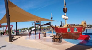 There's A Pirate-Themed Splash Pad In Arizona Called Mansel Carter Oasis Park