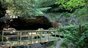 Hiking To This Aboveground Cave Near Pittsburgh Will Give You A Surreal Experience