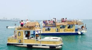 Rent Your Own Two-Story Party Boat In Illinois For An Amazing Time On The Water
