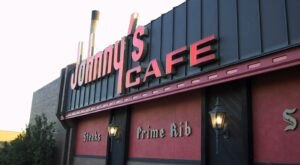 Johnny's Is An Old-School Steakhouse In Nebraska That Hasn't Changed In Decades