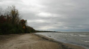 This Scenic But Mysterious Beach In New York Is Haunted By A Ghostly Specter