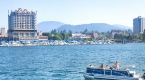 You Can Rent A Pontoon Boat For A Relaxing Day On Lake Coeur d'Alene In Idaho This Summer