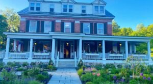 For A Truly Relaxing Weekend Away, Stay At This Charming Vermont Inn