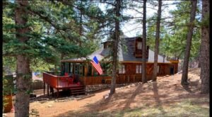 A Stay At This Incredibly Charming 1929 Cabin In Colorado Will Transport You To Narnia