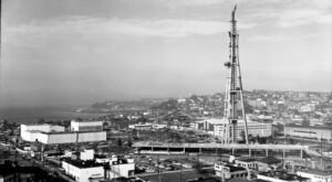 6 Rare Photos Taken During The Space Needle Construction That Will Simply Astound You