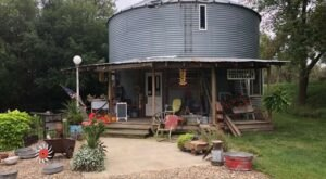 This Charming Getaway In Le Mars, Iowa Used To Be A Grain Bin And An Antique Store