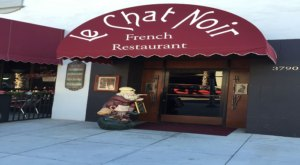 Dine At Le Chat Noir, An Award-Winning French Restaurant In The Heart Of Southern California