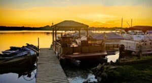 A Trip To This Floating Tiki Bar In Wisconsin Is The Ultimate Way To Spend A Summer's Day