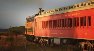 The Moonlit Train Ride At The Wisconsin Great Northern Railroad In Wisconsin Will Give You An Evening To Remember