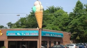 Indulge All Of Your Decadent Cravings In One Stop At Mr. T's Pizza And Ice Cream In Tennessee