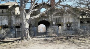 Brenton Point State Park Might Just Be The Most Haunted Park In Rhode Island