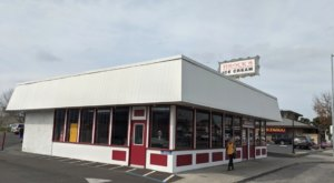 It's Not Summer 'Til You Visit Brock's Old-Fashioned Ice Cream Palace In Northern California
