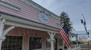Joy Lyn's Candies Is A Sweet Little Candy Shop In The Small Town Of Paradise In Northern California