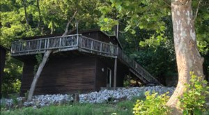 This Quaint Cabin On The Banks Of The Ohio River In Indiana Will Make Your Summer Splendid