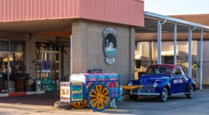 Dixieland Relics In Florida Is An Eclectic Antique Store Bursting With Character