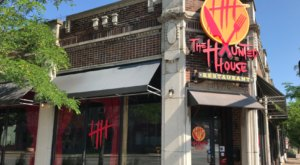 A Horror Movie-Themed Restaurant With Scary Good Food, The Haunted House Restaurant In Cleveland, Ohio, Is a Must-Visit