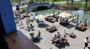 7 Outdoor Restaurants Around Detroit You'll Want To Visit Before Summer's End