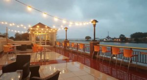 Dine With Amazing Waterfront Views At Jetty At The Port In New York