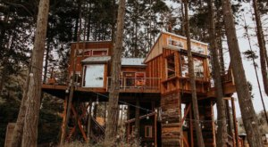Enjoy Views Of The Strait Of Juan De Fuca From This Cozy Treehouse Cabin In Washington