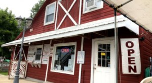 Enjoy Delicious Ice Cream And A One-Of-A-Kind Atmosphere At The Barn In New York
