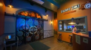 Break Your Way Out Of Themed Escape Rooms At Escape Time Adventures In New York