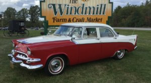 You Could Easily Spend All Day Shopping At The Windmill Farm & Craft Market In New York