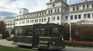 New England Curiosities Is A Magical Trolley Ride In New Hampshire That Most People Don't Know About
