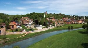 It's Official: Illinois' Very Own Galena Is One Of The Country's Coolest Small Towns To Visit This Year