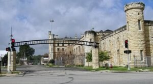 Take A Spooky Haunted History Tour At Old Joliet Prison In Illinois