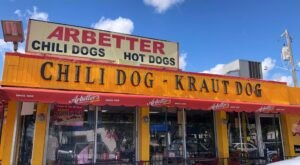 Arbetter's In Florida Is Said To Have The World's Greatest Chili Dogs