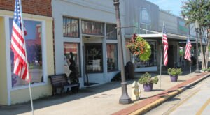 One Of The Most Unique Towns In America, Monroeville Is Perfect For A Day Trip In Alabama